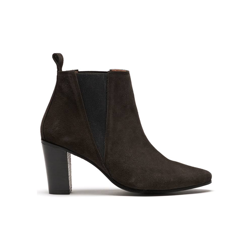 Queena Suede Boots - Shark