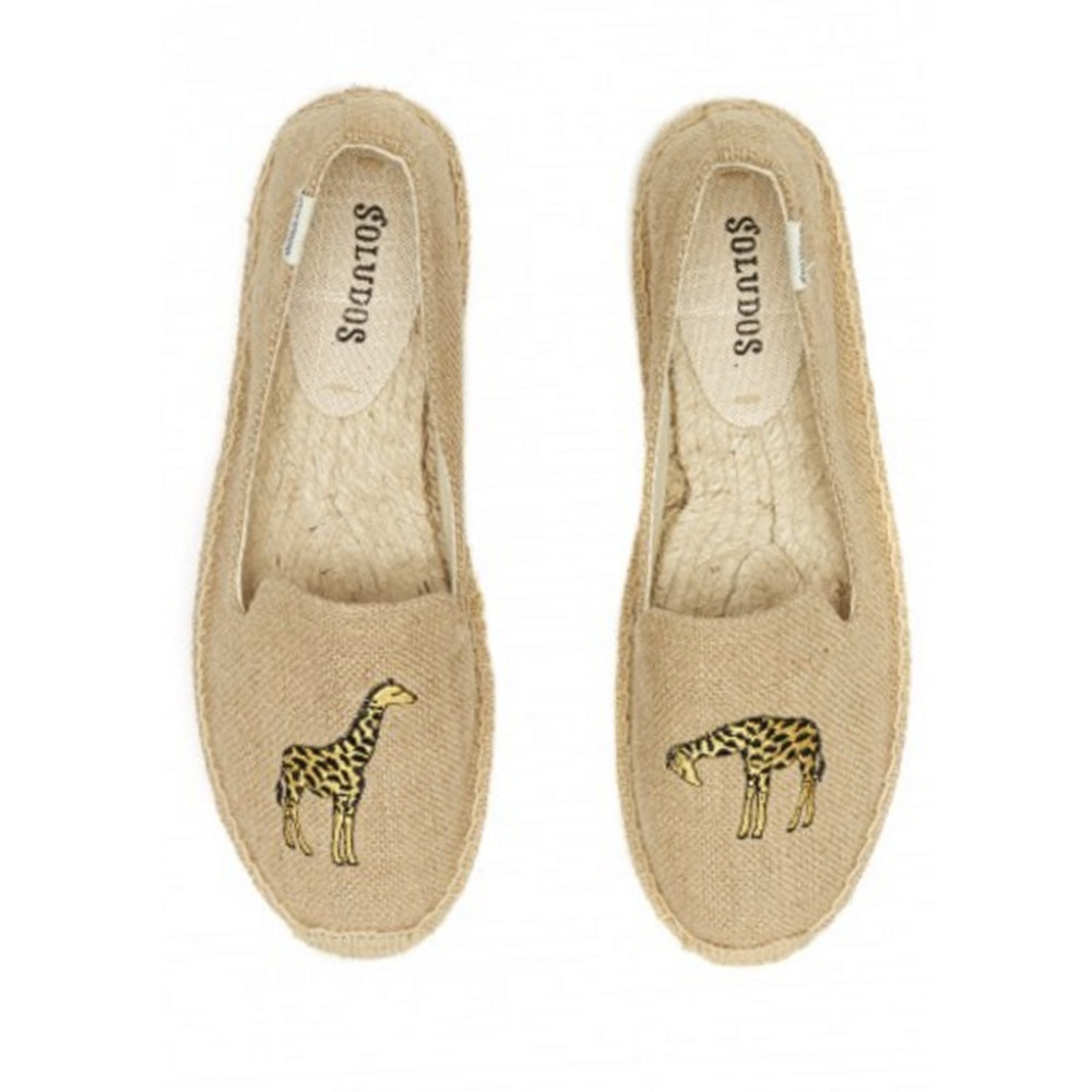 Giraffe Embroidered Smoking Slipper - Natural
