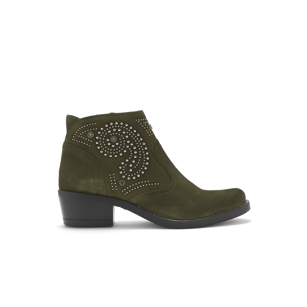 Kelly Suede Studded Boots - Leccio