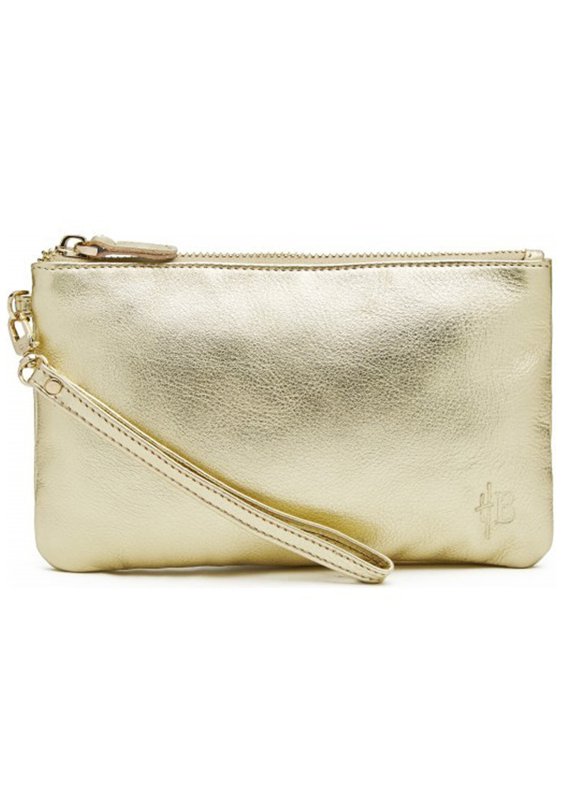 Watch How to Pack Your Purse video